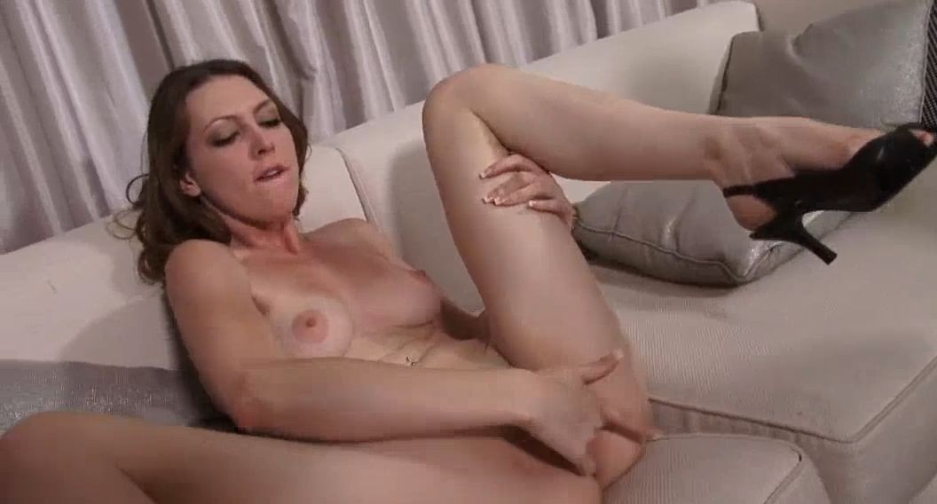 18+ #35 Featuring Meagan Loxx
